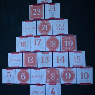 25 Advent Envelopes (black)