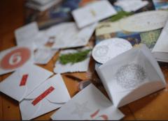 25 Advent Calendar Envelopes (red)